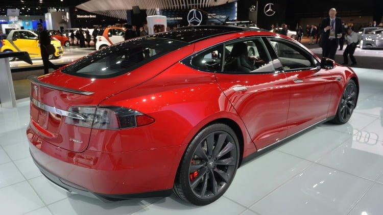 04-tesla-model-s-p85d-detroit-1 dünyanın en hızlı elektrikli otomobili tesla model s p100d! Dünyanın En Hızlı Elektrikli Otomobili Tesla Model S P100D! 04 tesla model s p85d detroit 1