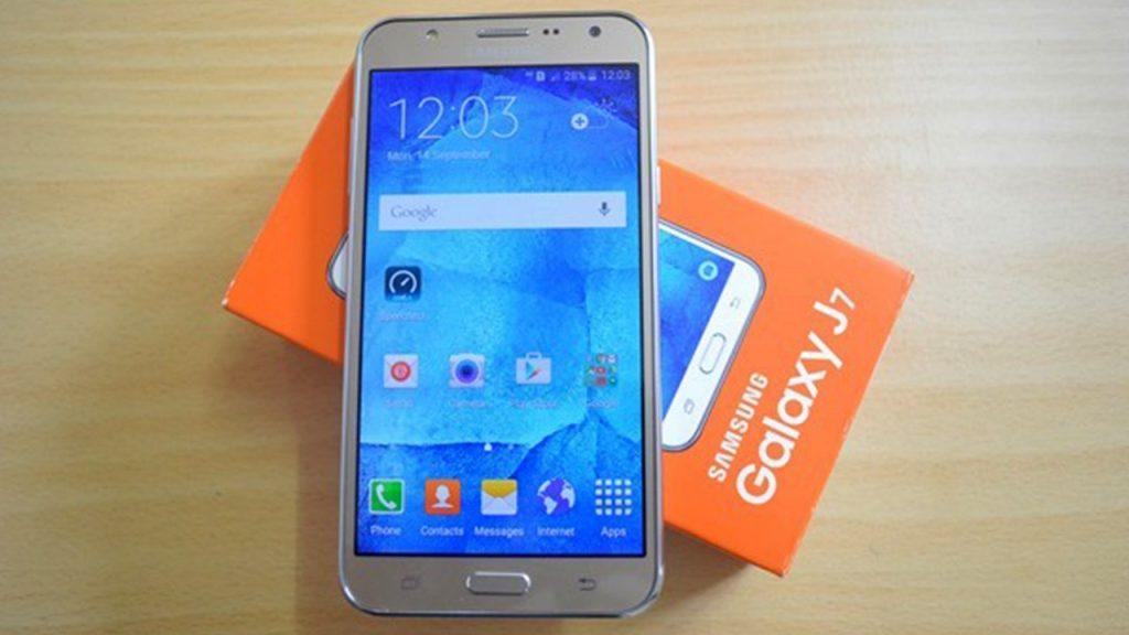 Galaxy J7 2016 Satışa Çıktı!