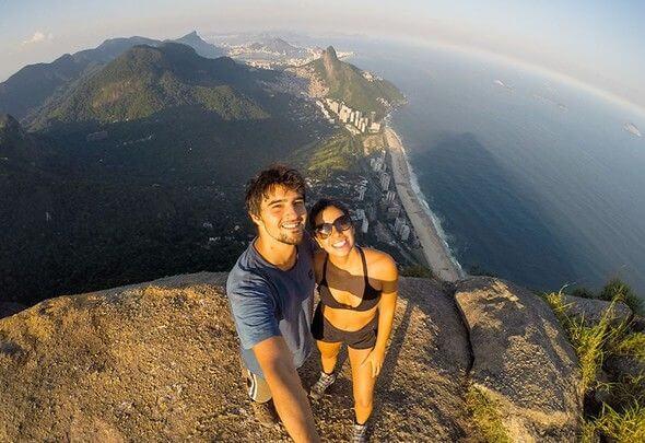 dunyanin-en-tehlikeli-selfie-noktasindan-20-kare_38951_b dünyanın en tehlikeli selfieleri