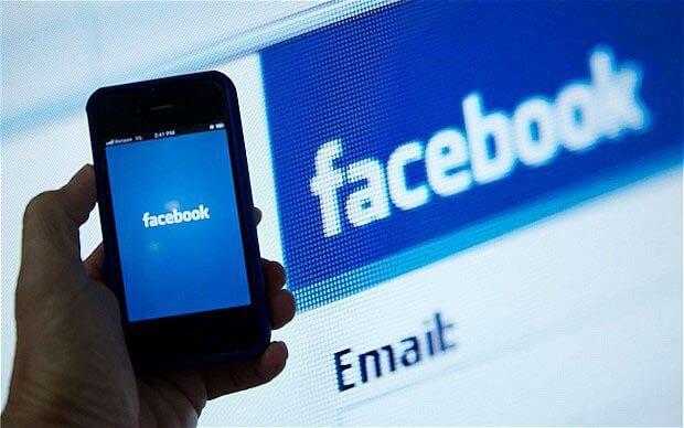facebook-iphone_2454110b Facebook İngiltere'de Büyümenin Hesaplarını Yapıyor! Facebook İngiltere'de Büyümenin Hesaplarını Yapıyor! facebook iphone 2454110b e1479819005510