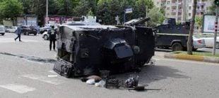 Adana'da Zırhlı Araç Devrildi
