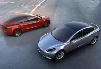 Tesla'nın Yeni Hedefi Güneş Enerjisi!