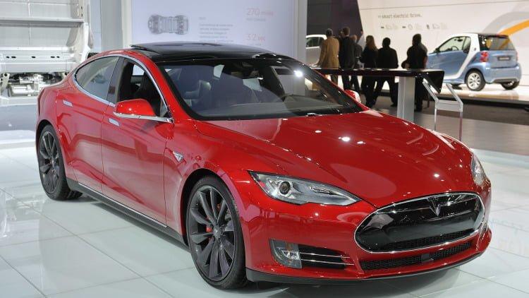 dünyanın en hızlı elektrikli otomobili tesla model s p100d! Dünyanın En Hızlı Elektrikli Otomobili Tesla Model S P100D! 01 tesla model s p85d detroit 1