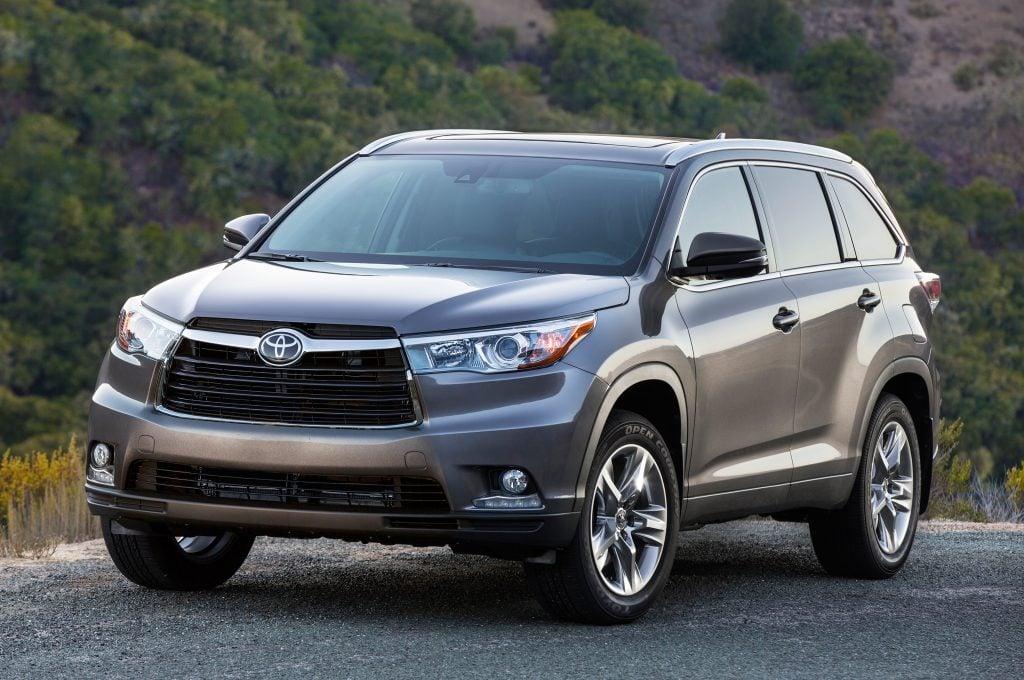 toyota geleceğin otomobil Üreticilerini yetiştirecek! Toyota Geleceğin Otomobil Üreticilerini Yetiştirecek! 2014 Toyota Highlander 26441