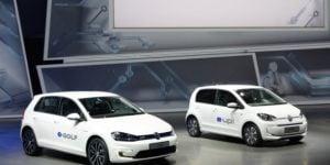 Volkswagen E-Golf İle Elektrikli Otomobil Sektörüne Girdi!