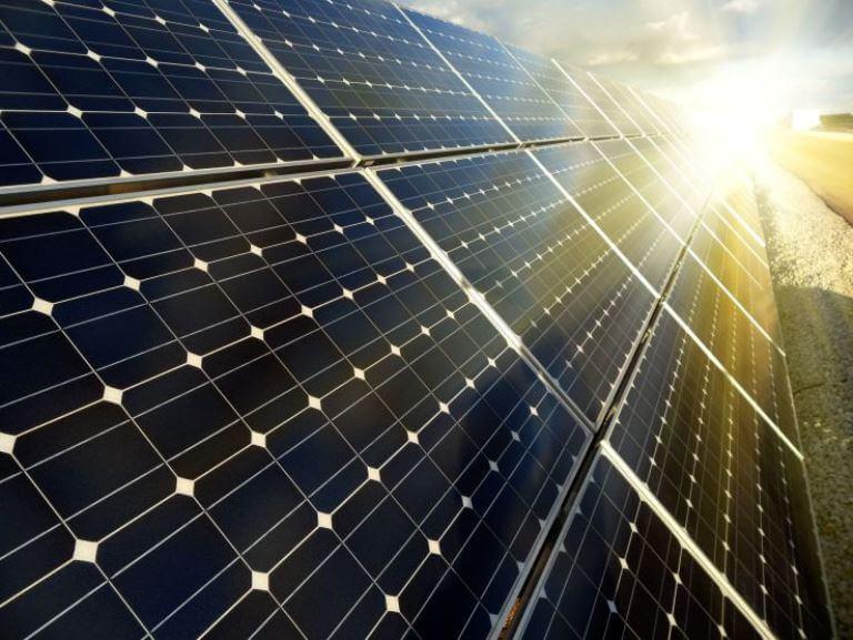 Tesla Uzun Ömürlü Güneş Panelleri Üretecek! Tesla Uzun Ömürlü Güneş Panelleri Üretecek! SolarCity