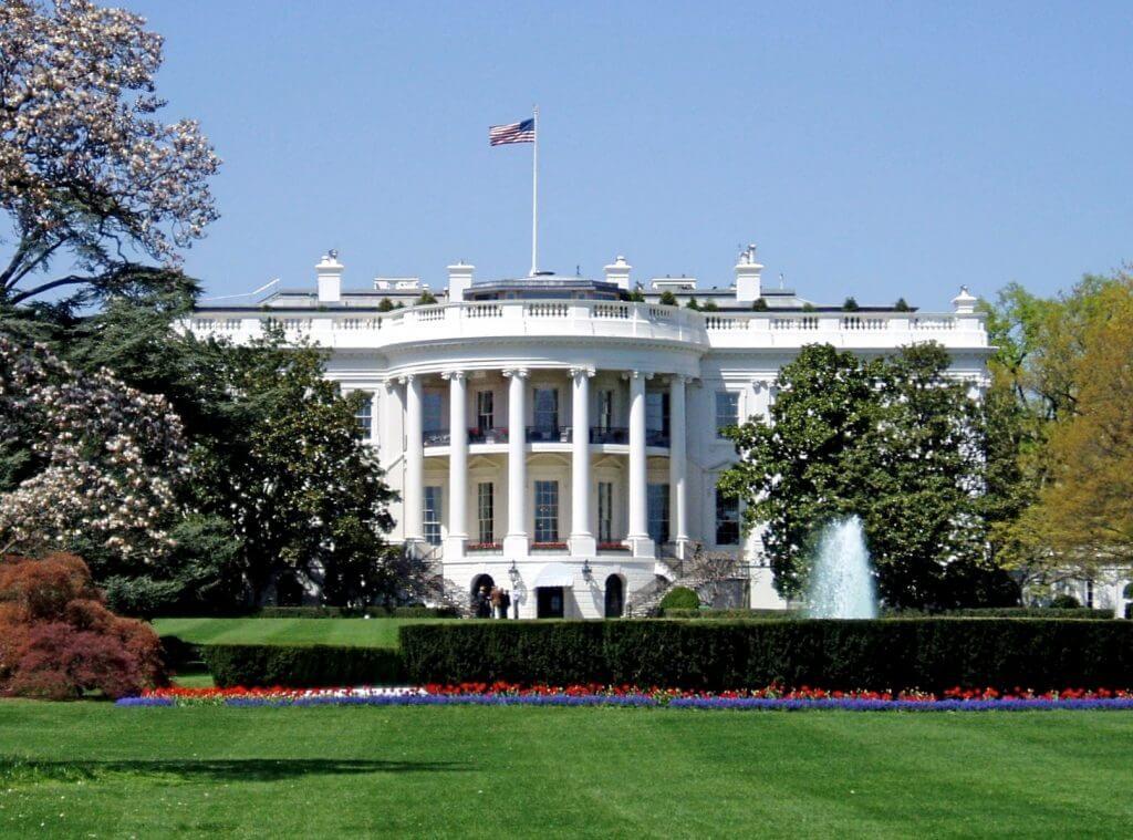 """beyaz saray """"yapay zeka"""" konusunda uyardı! Beyaz Saray """"Yapay Zeka"""" Konusunda Uyardı! WhiteHouseSouthFacade 1"""