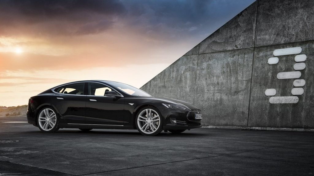 Tesla Model 3 Yenilikler İle Geliyor! Tesla Model 3 Yenilikler İle Geliyor! blak tesla model 3 mMvG