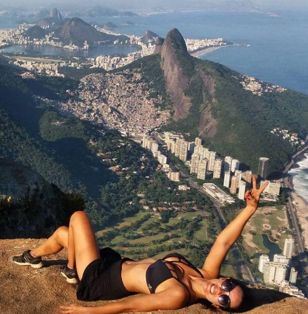 dunyanin-en-tehlikeli-selfie-noktasindan-20-kare_54439_b dünyanın en tehlikeli selfieleri En Tehlikeli Noktada Selfie Çekmeyim Derken… dunyanin en tehlikeli selfie noktasindan 20 kare 54439 b