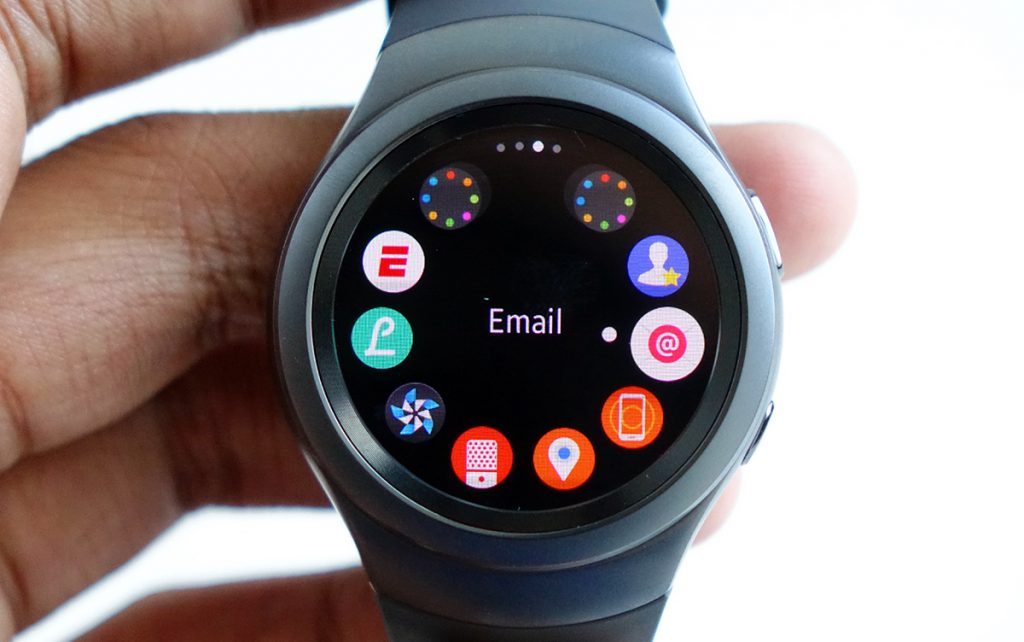 Samsung Akıllı Saat Teknolojisinde Android Wear Kullanmayacak Samsung Akıllı Saat Teknolojisinde Android Wear Kullanmayacak gears2 fb
