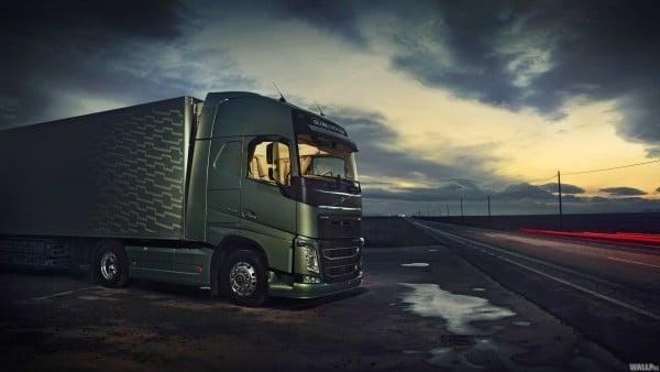 volvo tırları sürücüsüz olarak yola Çıkacağı günü bekliyor! Volvo Tırları Sürücüsüz Olarak Yola Çıkacağı Günü Bekliyor! new volvo fh16 725579160